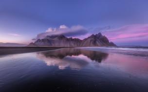 река, горы, отражение