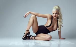блондинка, поза, смелый вид, zandra