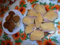 еда, бутерброды,  гамбургеры,  канапе, вафли, печенье, сыр, хлеб, колбаса