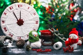 часы, снеговики, шишки, рукоделие