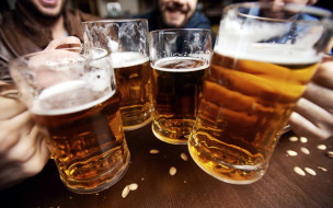 пиво, бокалы, пена