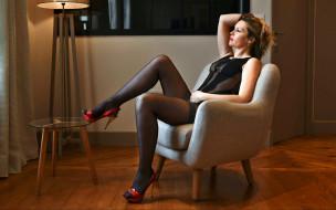 кресло, столик, женщина