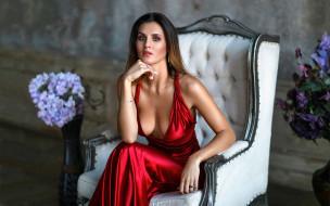 кресло, цветы, красное платье