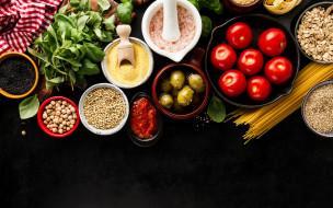 соль, томаты, нут, паста, черный фон, помидоры, оливки, овсянка