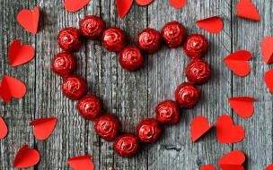 конфеты, сердечки