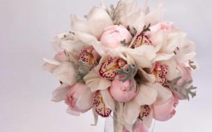 пионы, орхидеи