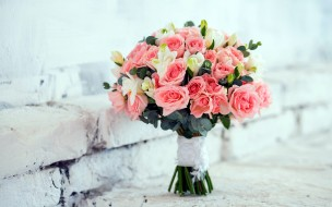 бутоны, розы