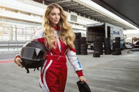 спорт, формула 1, покрышки, формула, шлем, f1, костюм, девушка