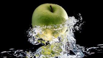 яблоко, зеленое, вода, брызги