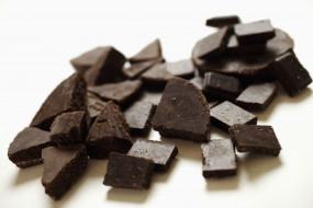 шоколад, куски
