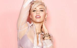 блузка, украшения, улыбка, блондинка
