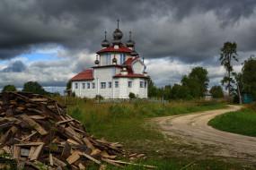 храм, Россия, церковь, дрова, тучи, дорога