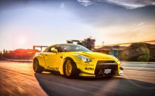 автомобили 2019 года, желтый, nissan, суперкары, японские автомобили, rocket bunny, тюнинг
