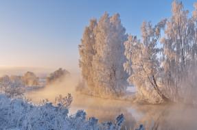 река, снег