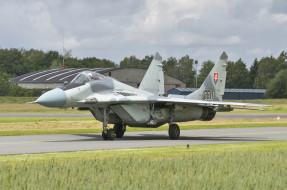 истребитель, МиГ-29, MiG-29, аэродром