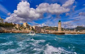 дома, побережье, камни, Франция, маяк, горы