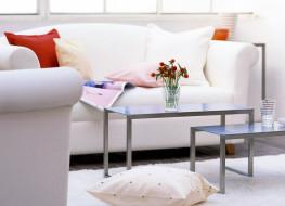 журнал, столики, подушки, диван
