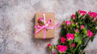 розы, подарок, лента