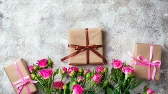 бутоны, подарки, розы