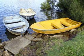 лодки, камни, река