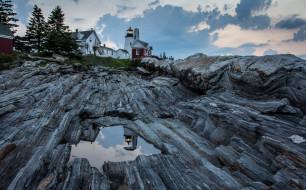 маяк, дом, скала, лужа