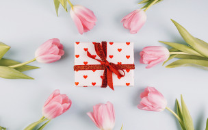 тюльпаны, подарок
