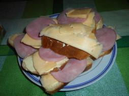 сыр, хлеб, бутерброды, еда, колбаса