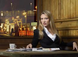 Anna Torv, актриса, стол, блондинка
