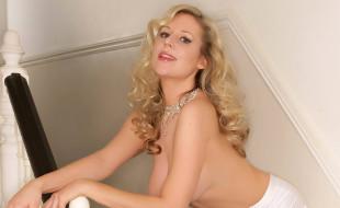 ожерелье, грудь, блондинка