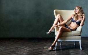 кресло, паркет, белье, каблуки, блондинка, модель