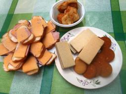колбаса, хлеб, сыр, вафли, еда, бутерброды, пирожные