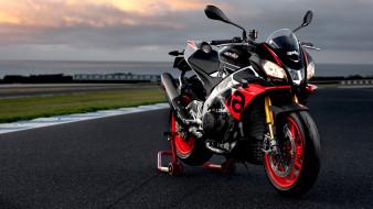 2019 aprilia tuono v4 1100 factory, мотоциклы, aprilia, трек, v4, вечер, 2019, 1100, factory, tuono