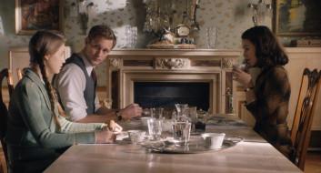 стол, завтрак, женщина, дочь, отец
