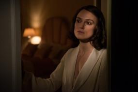 актриса, халат, комната