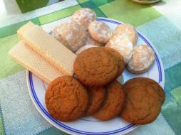 пряники, вафли, печенье, еда