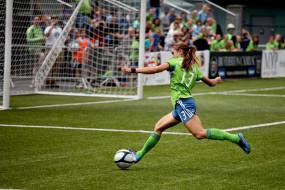 футбол, спорт, девушка, футболистка, стадион, ворота, мяч
