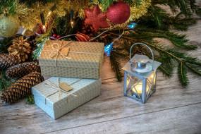 праздничные, подарки и коробочки, свеча, подарки, шарики, шишки