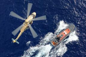 высота, небо, море, вертолет, катер, спасатели