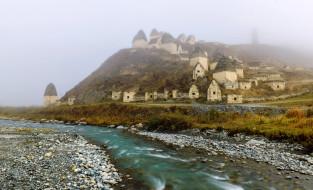 камни, река, туман, горы, строения