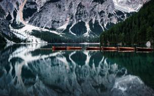 озеро, лодки, горы