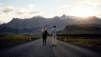 дорога, горы, влюбленные