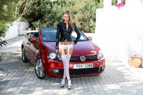 стройная, Volkswagen, Playboy, взгляд, Maria Ryabushkina, модель, красотка, шатенка, автомобиль, поза, красный