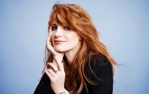 модель, актриса, девушка, Jessica Chastain, улыбка, лицо, взгляд, поза, волосы, рыжая, рыжеволосая, красотка