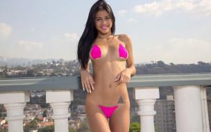 Denisse Gomez, девушка, розовый, купальник, поза, модель, брюнетка, красотка, сексуальная