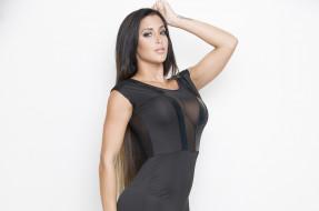 Claudia Sampedro, девушка, модель, брюнетка, портрет, лицо, взгляд, макияж, платье, чёрный
