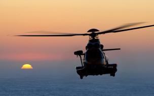 современные вертолеты, eurocopter ec225 super puma, закат, вертолет в небе, airbus helicopters h225, транспортный вертолет