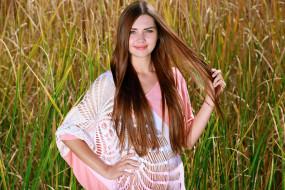 природа, трава, поле, взгляд, стройная, красотка, поза, крашеная, шатенка, модель, девушка, Susza K, Polina Kadynskaya