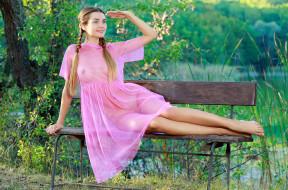 зелень, природа, лавочка, халат, розовый, платье, стройная, красотка, поза, крашеная, шатенка, модель, девушка, Susza K, Polina Kadynskaya