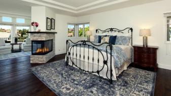 камин, кровать