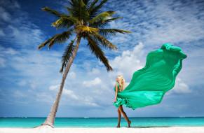 обои для рабочего стола 2560x1674 девушки, алена шишкова, пальма, море, песок, небо, облака, платье, блондинка